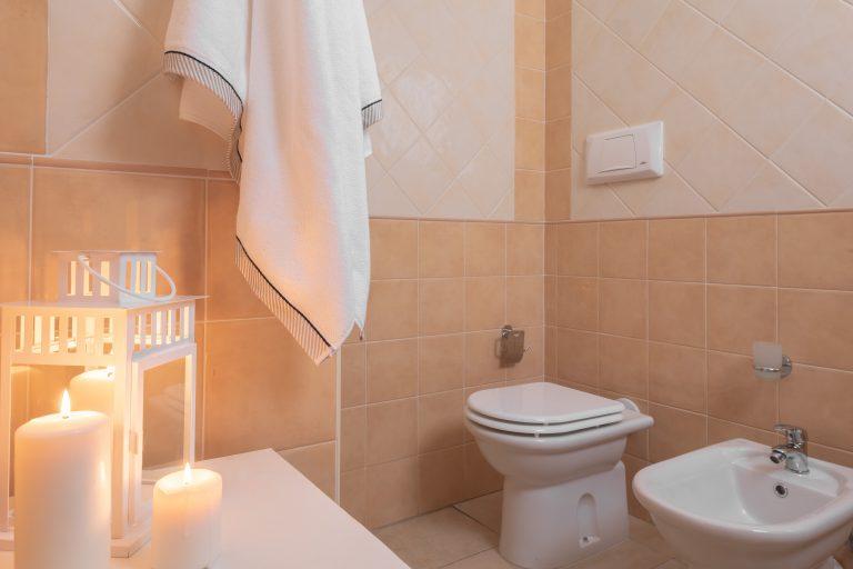 T6 bathroom 2