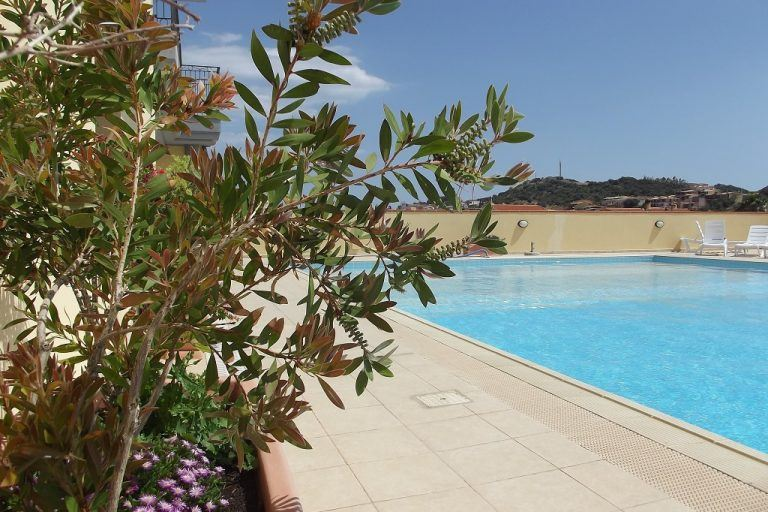 residence-le-fontane-villasimius-gallery-piscina-6