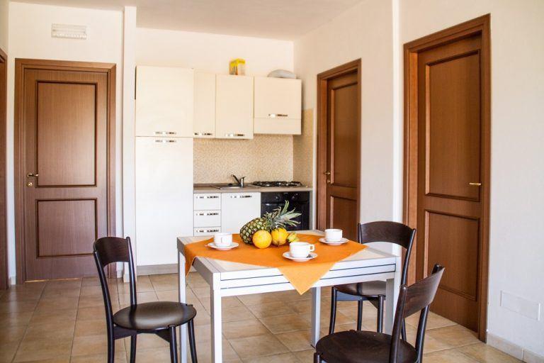 residence-le-fontane-villasimius-trilo6-cucina-1
